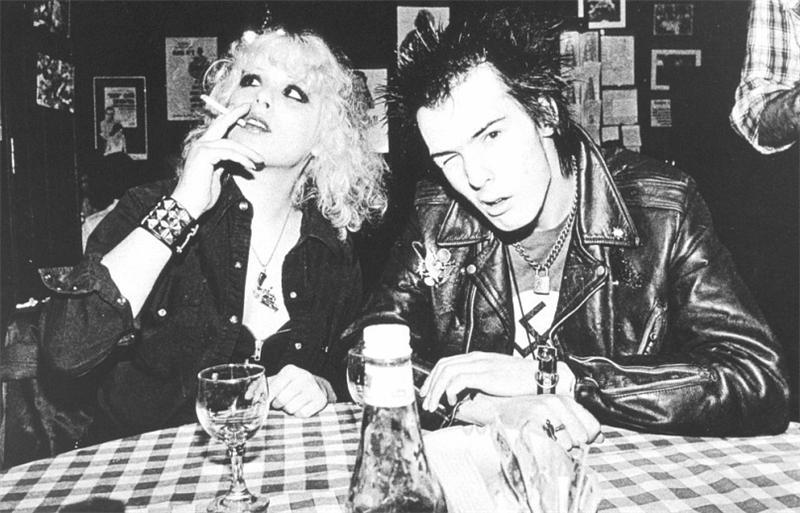 Сид и Нэнси - самые знаменитые героиновые  наркоманы