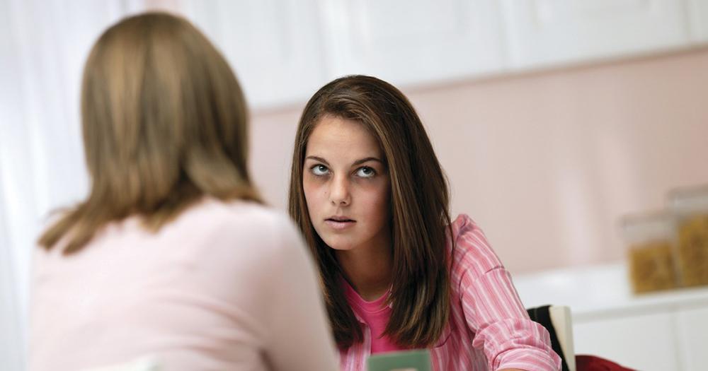 Разговор с дочерью-наркоманкой. Узнайте о тактике общения у наркологов