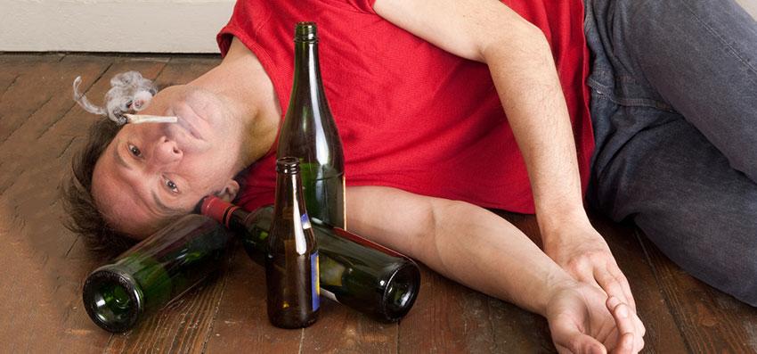 Употребление марихуаны вместе с алкоголем