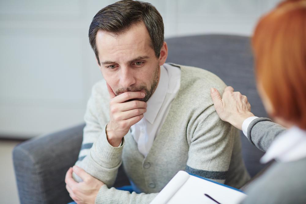 Без индивидуальной терапии не бывает хороших программ реабилитации. Психолог должен разбираться с проблемами конкретного человека и отслеживать изменения в человеке, который встал на путь выздоровления